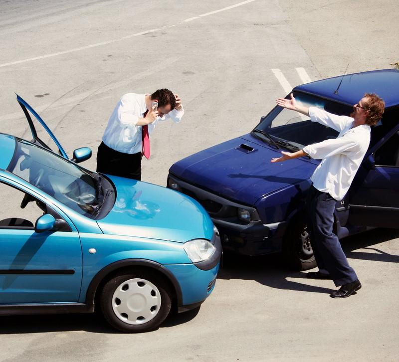 спор на дороге